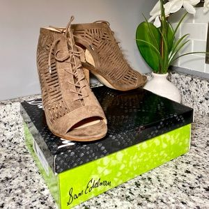 Sam Edelman Shoes - Sam Edelman Rocco Taupe Lace Up Heels